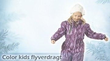Color kids flyverdragt – Desværre ikke vandtæt nok